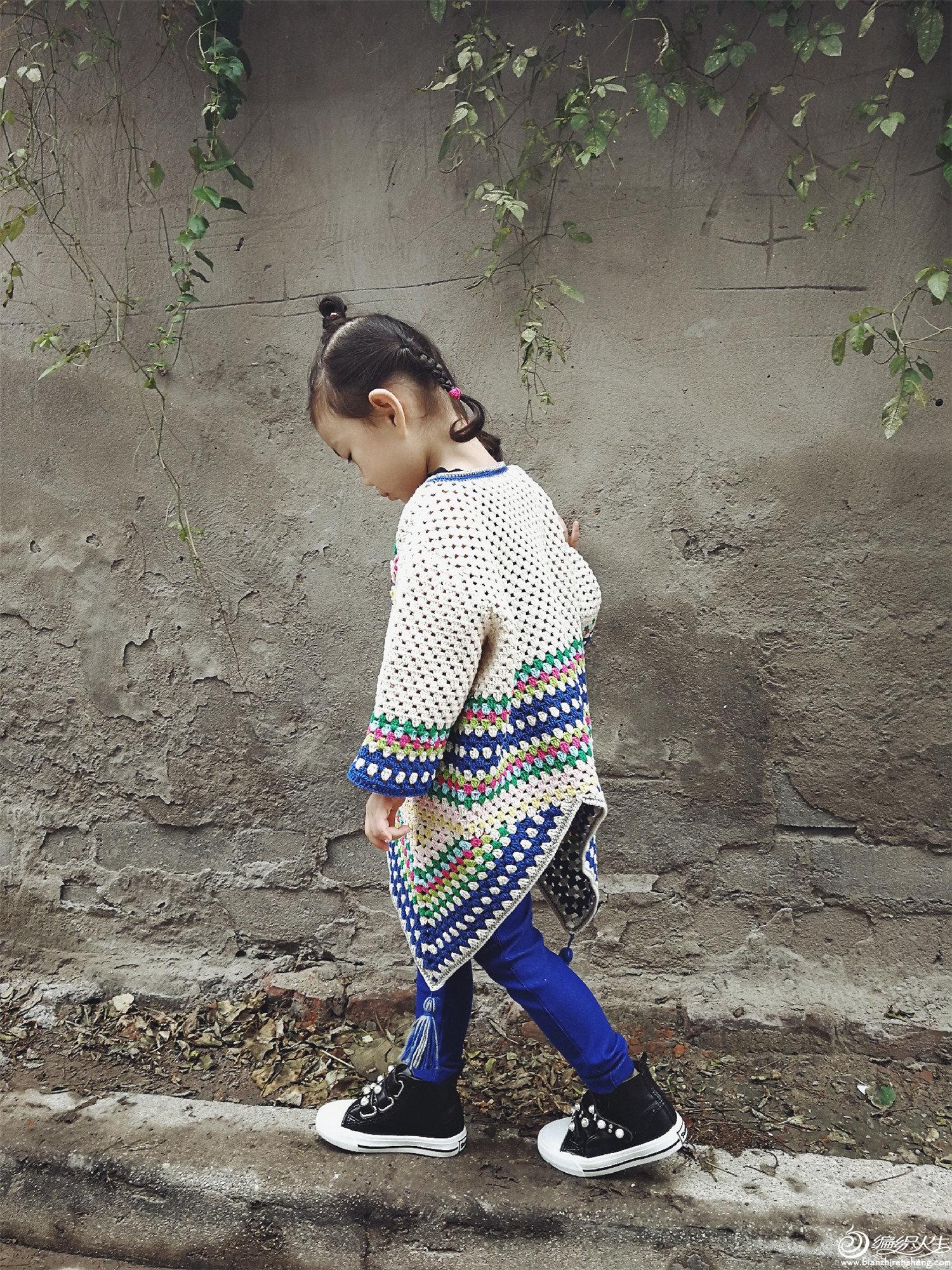 儿童钩针祖母方格套衫
